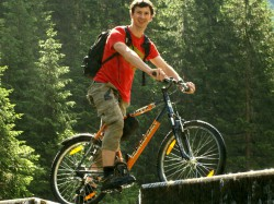 Mountain Biking to Zauchensee